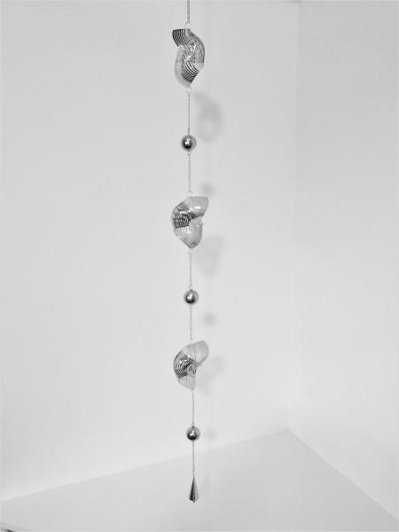 Girlande Hänger Windspiel Deko Metall Spirale Muschelform Silber Glöckchen 130 cm