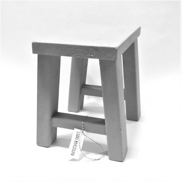 Hocker Sitz Fuß Deko Holz Grau Shabby Op de Maalzolder 30 cm
